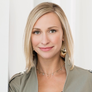 Amber Van Den Broek, Winnipeg, Real Estate Agent