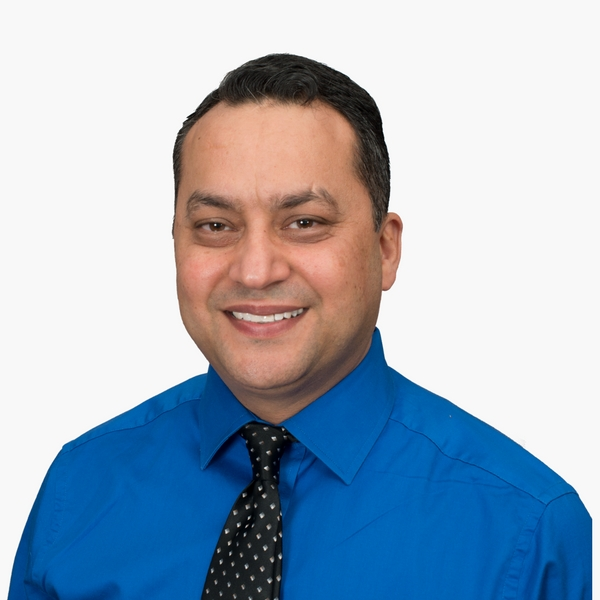 Anurag Sharma, Kitchener, Real Estate Agent