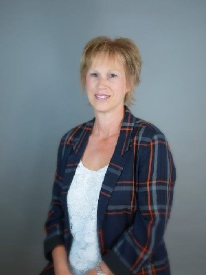 Evelyn Petkus, Peace River, Real Estate Agent