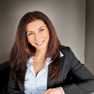 Mary Barone, Etobicoke, Real Estate Agent