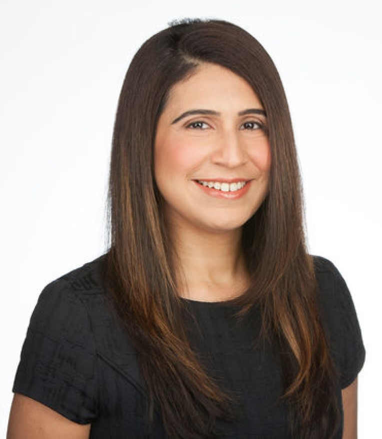 Mina Chand, Oakville, Real Estate Agent