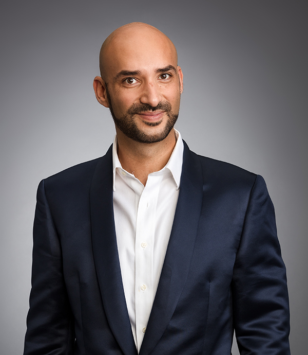 Moe Pourtaghi, Vancouver, Real Estate Agent