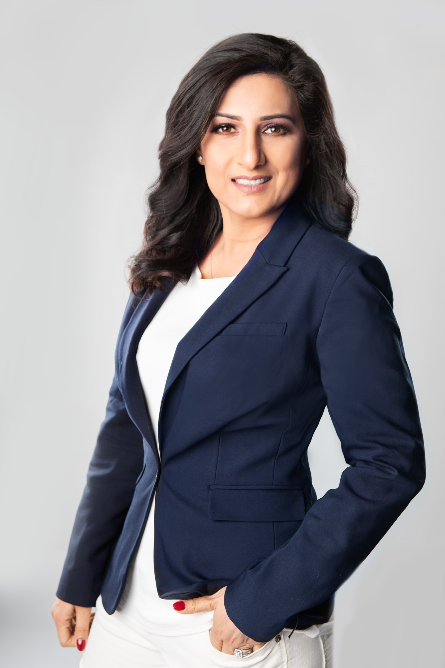 Sophiya Khan, Mississauga, Real Estate Agent