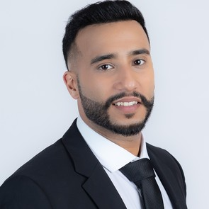 Sunny Ahuja, Abbotsford, Real Estate Agent