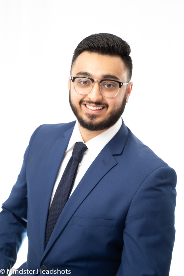 Vik Aast, Mississauga, Real Estate Agent